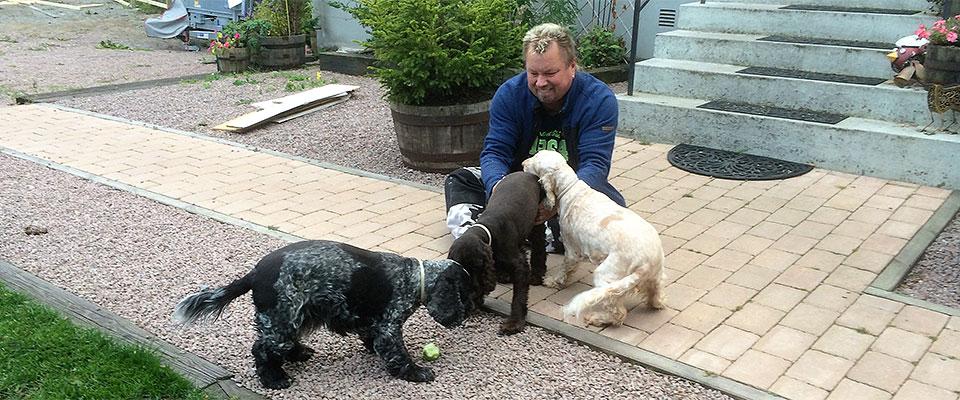 Hundar med Roger
